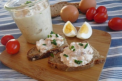 Thunfisch-Dip mit Röstzwiebeln