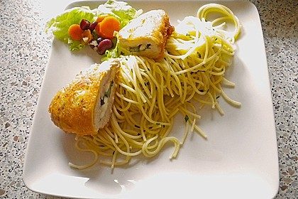 Gefüllte Piccata mit Knoblauchspaghetti