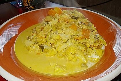 Gemüse-Korma mit Salzkartoffeln im Säckchen