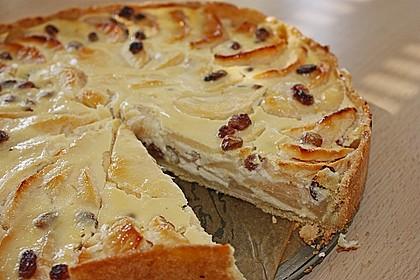 Apfelkuchen mit Mürbeteig, Quarkguss und Sultaninen