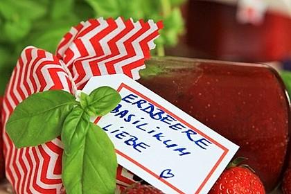 Erdbeermarmelade mit Basilikum (Bild)