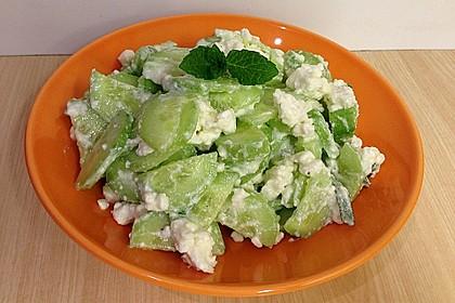 Gurkensalat mit Feta und Minze 19