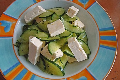 Gurkensalat mit Feta und Minze 14