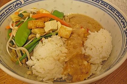 Asia-Gemüsepfanne mit Erdnusssauce 10