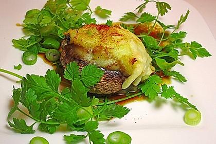 Emilys Champignons mit cremiger Kartoffelfüllung