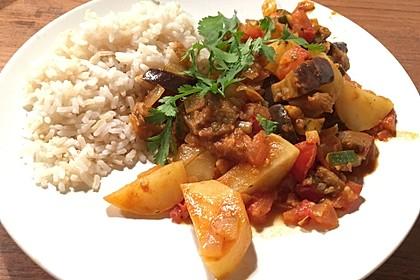 Indisches Kartoffel-Auberginen-Curry (Bild)