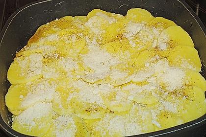 Knusprige Parmesan-Kartoffeln aus dem Ofen 6