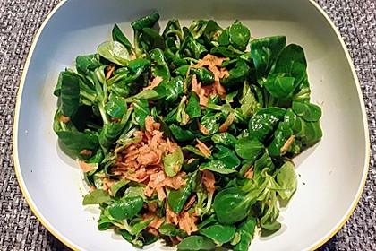 Feldsalat mit Karotten (Bild)