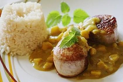 Schweinemedaillons in Curry-Kokos-Sauce (Bild)