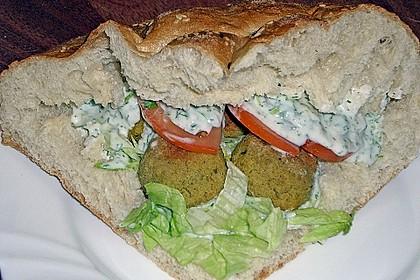 Schnelle Falafel in Pitabrot 42