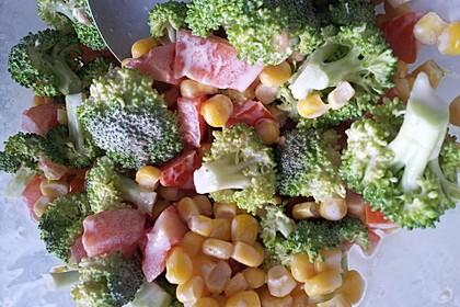 Brokkoli-Schinken-Salat