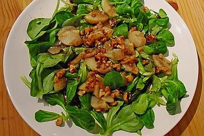 Feldsalat mit gebratenen Birnen und Walnüssen 10