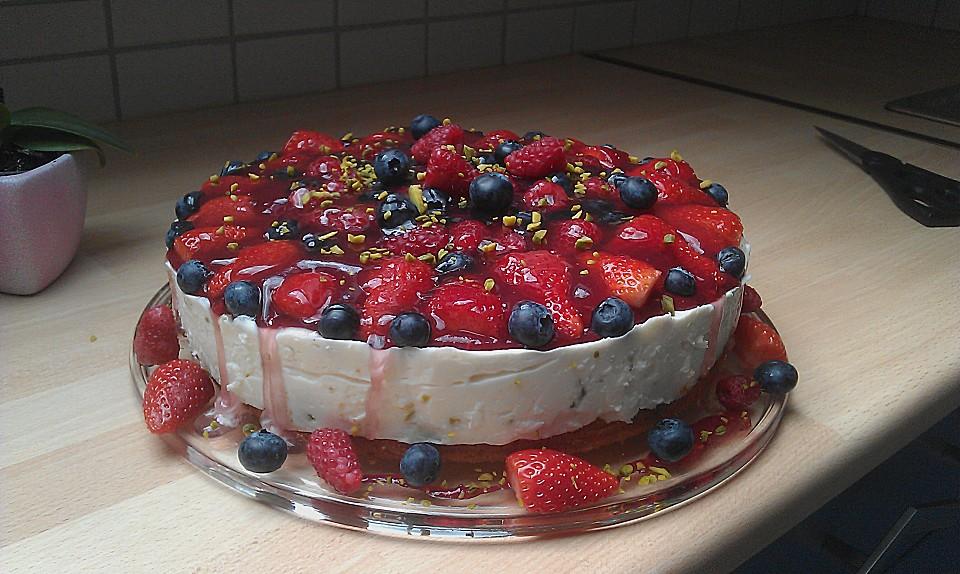 Joghurt Sahne Torte Mit Fruchten Von Sofi Chefkoch De