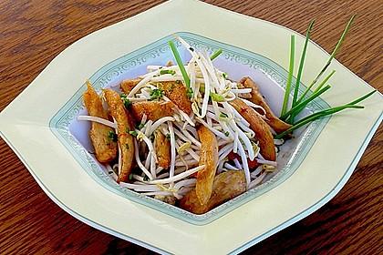 Sojasprossensalat mit Hühnerfleisch