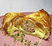 Bratwurst in Blätterteig (Bild)