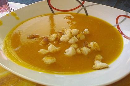 Kürbis-Kokos-Suppe 59