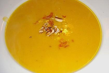 Kürbis-Kokos-Suppe 38