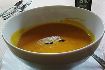 Kürbis-Kokos-Suppe 42