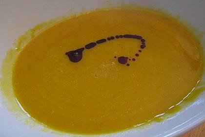 Kürbis-Kokos-Suppe 54