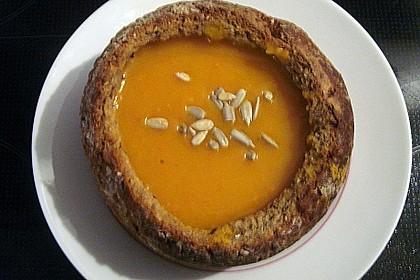 Kürbis-Kokos-Suppe 23
