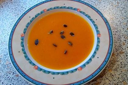 Kürbis-Kokos-Suppe 11