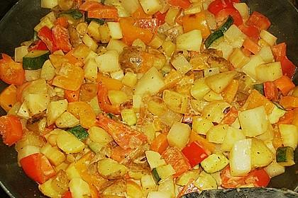 Herbstliche Kartoffel - Gemüse Pfanne mit Pastinaken 2
