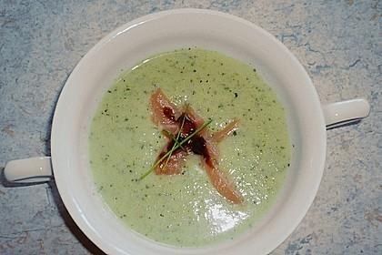 Zucchinicremesuppe mit Lachs 4