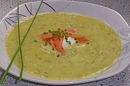 Zucchinicremesuppe mit Lachs 2