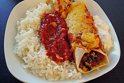 Würzige Burritos mit Reis und Sourcream 2