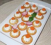 Kräcker mit Kräutercreme (Bild)