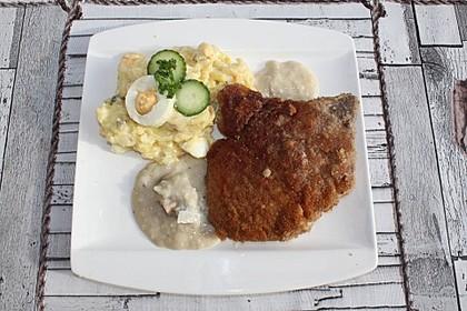 Panierte Koteletts mit Zwiebel-Rahm-Soße 17