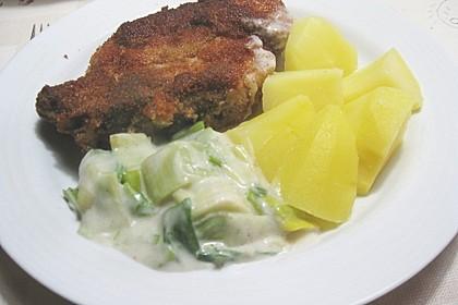 Panierte Koteletts mit Zwiebel-Rahm-Soße 11