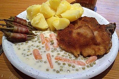 Panierte Koteletts mit Zwiebel-Rahm-Soße 23