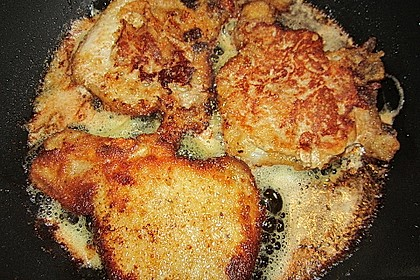 Panierte Koteletts mit Zwiebel-Rahm-Soße 13