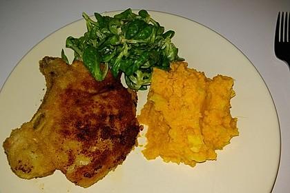 Panierte Koteletts mit Zwiebel-Rahm-Soße 19