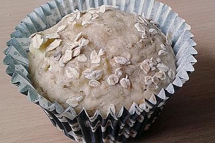 Leichte Apfel-Muffins mit Haferflocken und Zimt 14