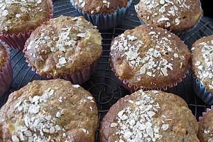 Leichte Apfel-Muffins mit Haferflocken und Zimt 5