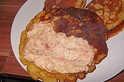 Kräuter-Crêpes mit Tomaten-Ziegenkäsefüllung 1