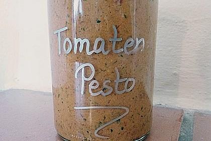 Schnelles veganes Tomatenpesto 2