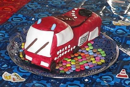 Feuerwehrauto Motivkuchen 17
