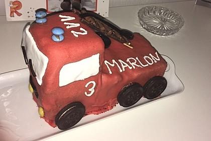 Feuerwehrauto Motivkuchen 30