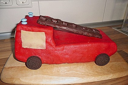 Feuerwehrauto Motivkuchen 20