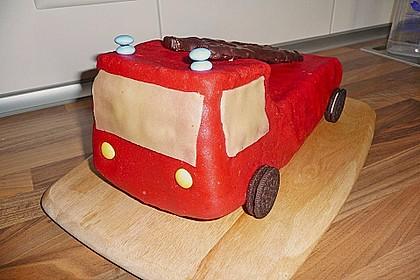 Feuerwehrauto Motivkuchen 12