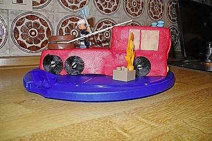 Feuerwehrauto Motivkuchen 15