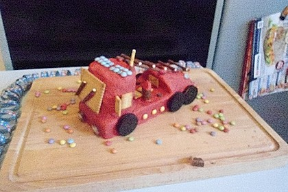 Feuerwehrauto Motivkuchen 22