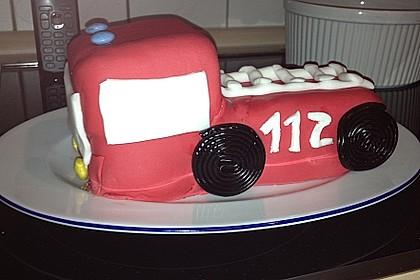 Feuerwehrauto Motivkuchen 9