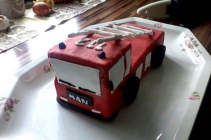 Feuerwehrauto Motivkuchen 2