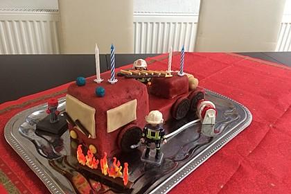 Feuerwehrauto Motivkuchen 4