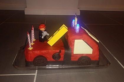 Feuerwehrauto Motivkuchen 14