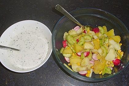 Leichter Kartoffelsalat mit Fischstäbchen 2